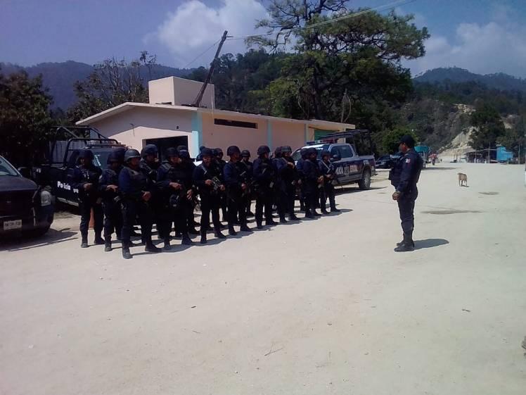 Activo Operativo de seguridad en los municipios de Santa Catarina Juquila y Santiago Yaitepec (4)
