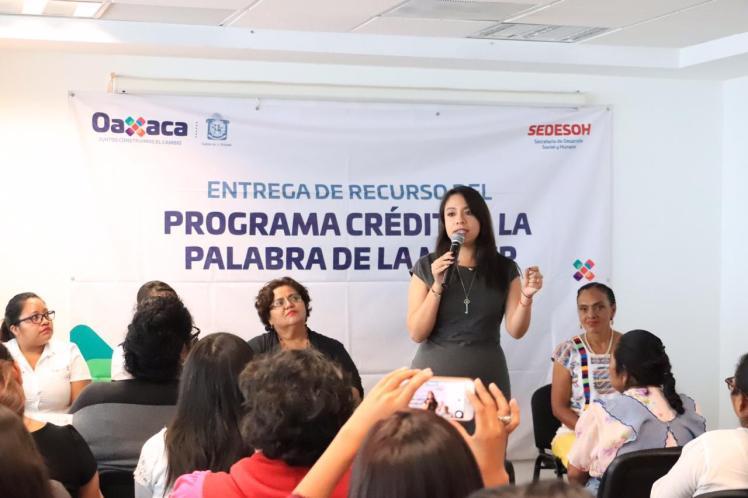 ENTREGA DE CREDITOS A LA PALABRA DE LA MUJER - VALLES CENTRALES (1)